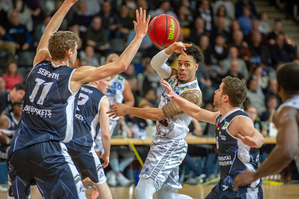 PSK Lions vs Uni Baskets Paderborn